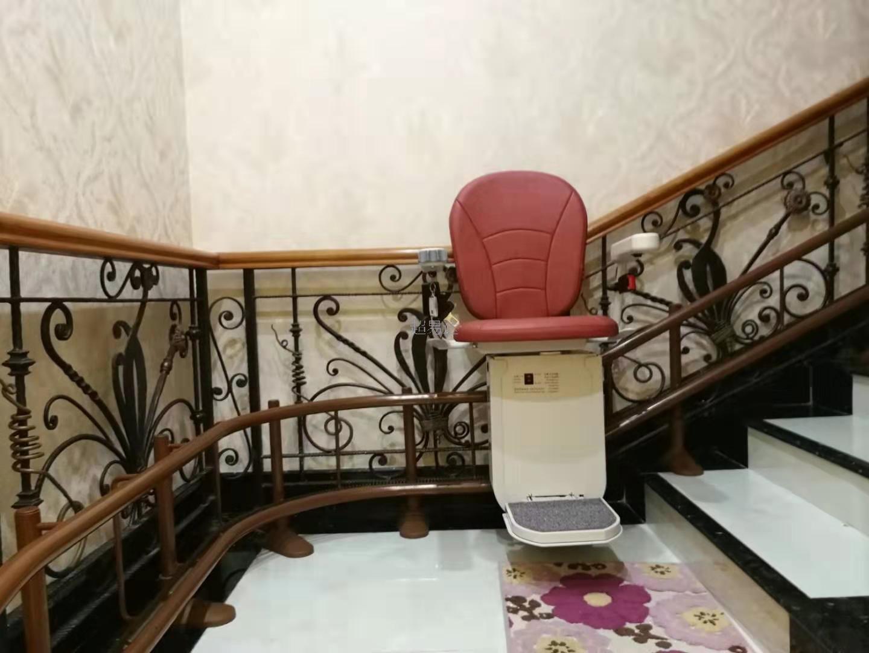 座椅电梯'